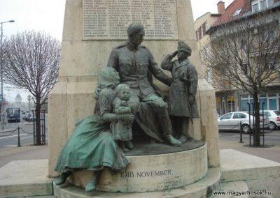 XV. kerület világháborús emlékmű 2008.04.02.küldő-Huszár Peti (6)