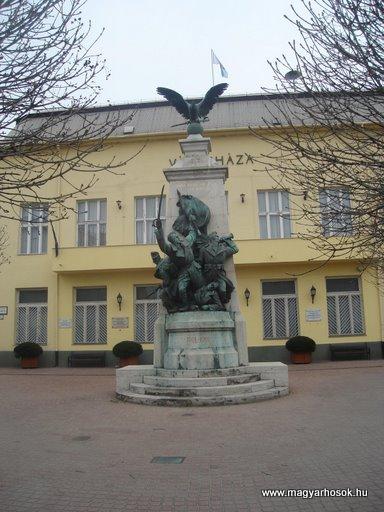 XV. kerület világháborús emlékmű 2008.04.02.küldő-Huszár Peti