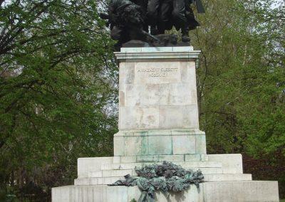 XVIII. kerület világháborús emlékművek 2008.04.10. küldő-Huszár Peti (1)