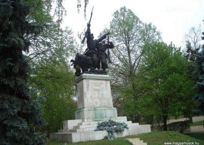 XVIII. kerület világháborús emlékművek 2008.04.10. küldő-Huszár Peti (2)