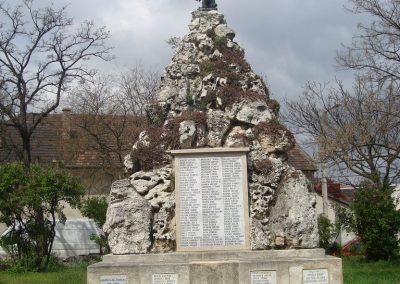 XXI. kerület Nagytétény világháborús emlékmű 2008.04.16. küldő-Huszár Peti (1)