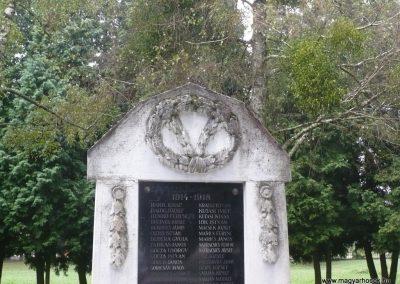 Zákányfalu világháborús emlékmű 2009.09.15. küldő-Sümec (1)