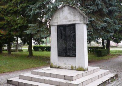 Zákányfalu világháborús emlékmű 2009.09.15. küldő-Sümec (5)