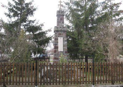 Zagyvaszántó világháborús emlékmű 2009.03.27. küldő-kalyhas (4)