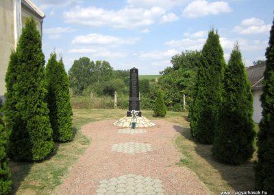 Zala világháborús emlékmű 2013.08.23. küldő-kalyhas (1)