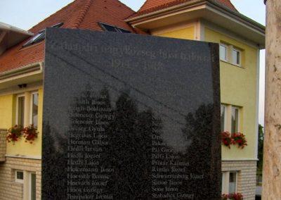 Zalaapáti világháborús emlékmű 2010.07.18. küldő-gyurkusz (5)