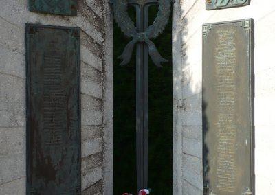 Zalabaksa világháborús emlékmű 2009.11.17.küldő-Sümec (1)