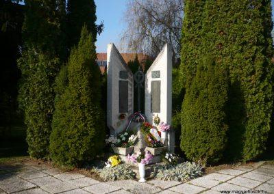 Zalabaksa világháborús emlékmű 2009.11.17.küldő-Sümec