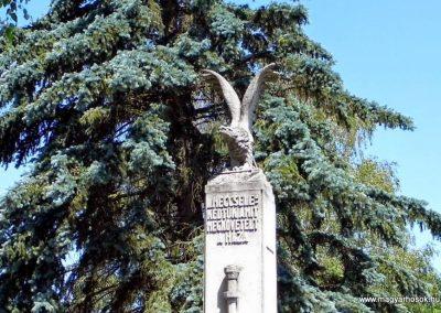 Zalacsány I. világháborús emlékmű 2014.06.09. küldő-Méri (1)