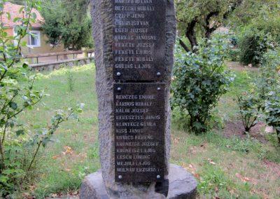 Zalahaláp világháborús emlékmű 2013.08.22. küldő-kalyhas (3)