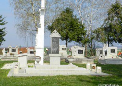 Zalaigrice II. világháborús emlékmű 2015.05.18. küldő-Huber Csabáné