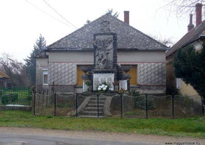 Zalaistvánd világháborús emlékmű 2013.12.22. küldő-HunMi