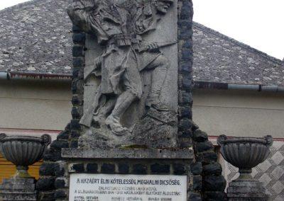 Zalaistvánd világháborús emlékmű 2013.12.22. küldő-HunMi (6)