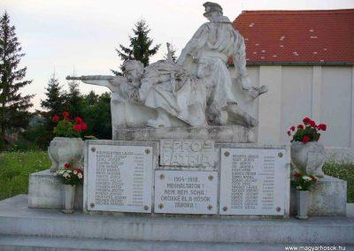 Zalalövő I. világháborús emlékmű 2007.07.25. küldő-HunMi (1)