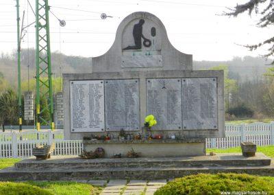 Zalalövő II. világháborús emlékmű 2017.03.25. küldő-Huber Csabáné
