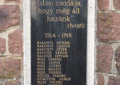 Zalaszentbalázs világháborús emlékmű 2009.05.15.küldő-Sümec (3)