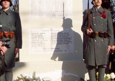 Zalaszentgrót--Zalakoppány II.vh emlékmű 2010.10.30. küldő-Szilsomogy (2)