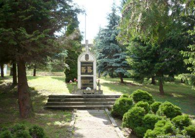 Zalaszentjakab II. világháborús emlékmű 2013.05.26. küldő-Sümec