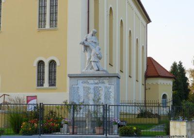 Zalavár világháborús emlékmű 2014.10.05. küldő-Huber Csabáné (1)