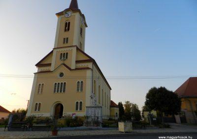 Zalavár világháborús emlékmű 2014.10.05. küldő-Huber Csabáné