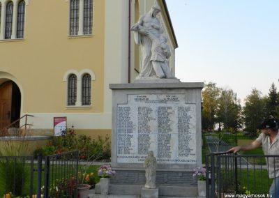 Zalavár világháborús emlékmű 2014.10.05. küldő-Huber Csabáné (5)
