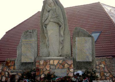 Zalkod világháborús emlékmű 2011.12.07. küldő-megtorló (5)