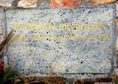 Zalkod világháborús emlékmű 2011.12.07. küldő-megtorló (7)