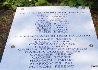 Zebegény világháborús emlékmű 2012.07.29. küldő-Méri (2)