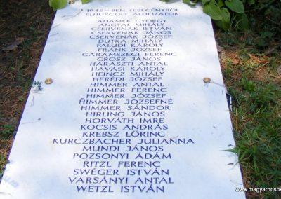 Zebegény világháborús emlékmű 2012.07.29. küldő-Méri (6)