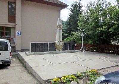 Zetelaka világháborús emlékmű 2014.06.06. küldő-kalyhas
