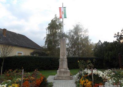 Zimány világháborús emlékmű 2014.10.26. küldő-kalyhas (1)