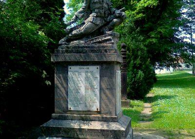Zomba világháborús emlékmű 2011.05.25. küldő-Csiszár Lehel (1)