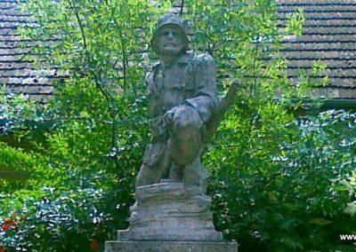 Zomba világháborús emlékmű 2011.05.25. küldő-Csiszár Lehel (15)