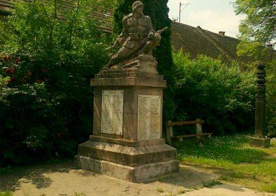 Zomba világháborús emlékmű 2011.05.25. küldő-Csiszár Lehel