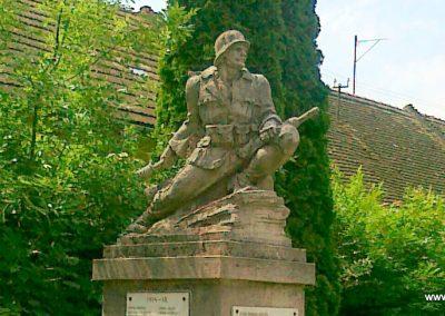 Zomba világháborús emlékmű 2011.05.25. küldő-Csiszár Lehel (7)