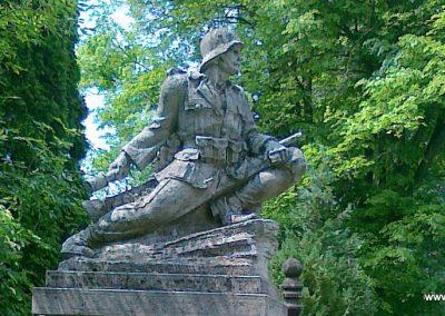 Zomba világháborús emlékmű 2011.05.25. küldő-Csiszár Lehel (9)