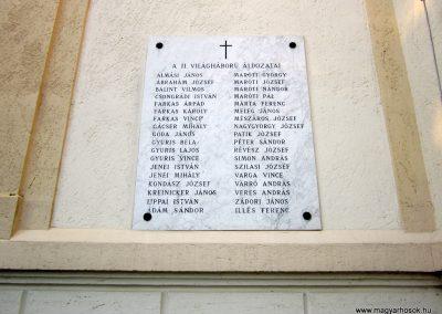 Zsombó II.vh emléktábla 2011.08.16. küldő-kalyhas (3)
